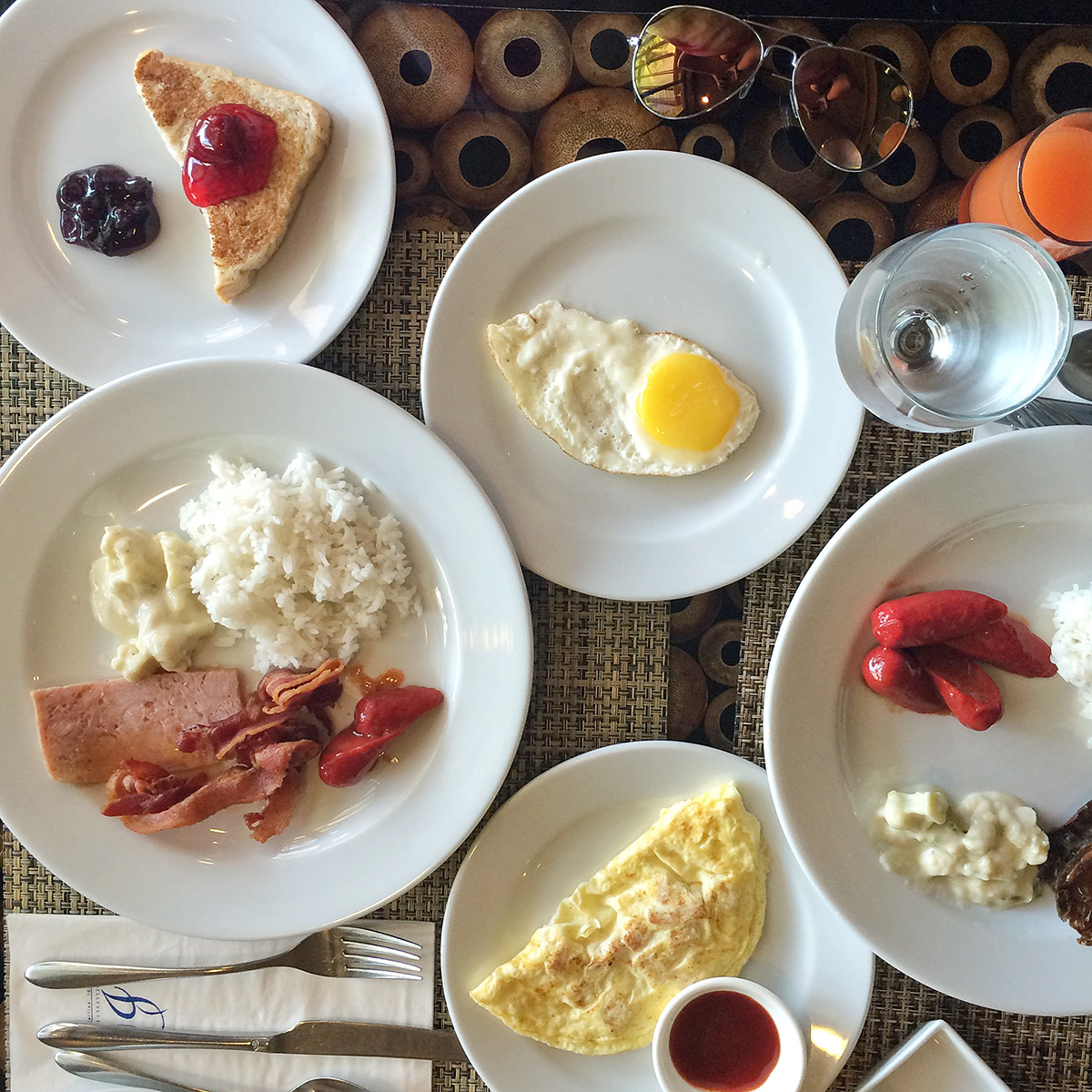 The Bellevue Resort: Lamian World Cuisine
