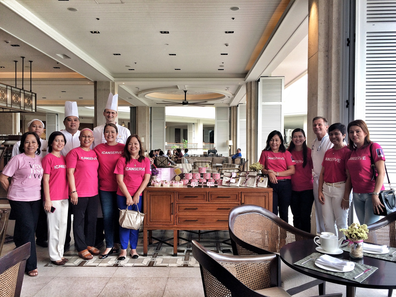 Members of ICanServe Foundation with Shangri-La's Mactan Resort and Spa's Chefs