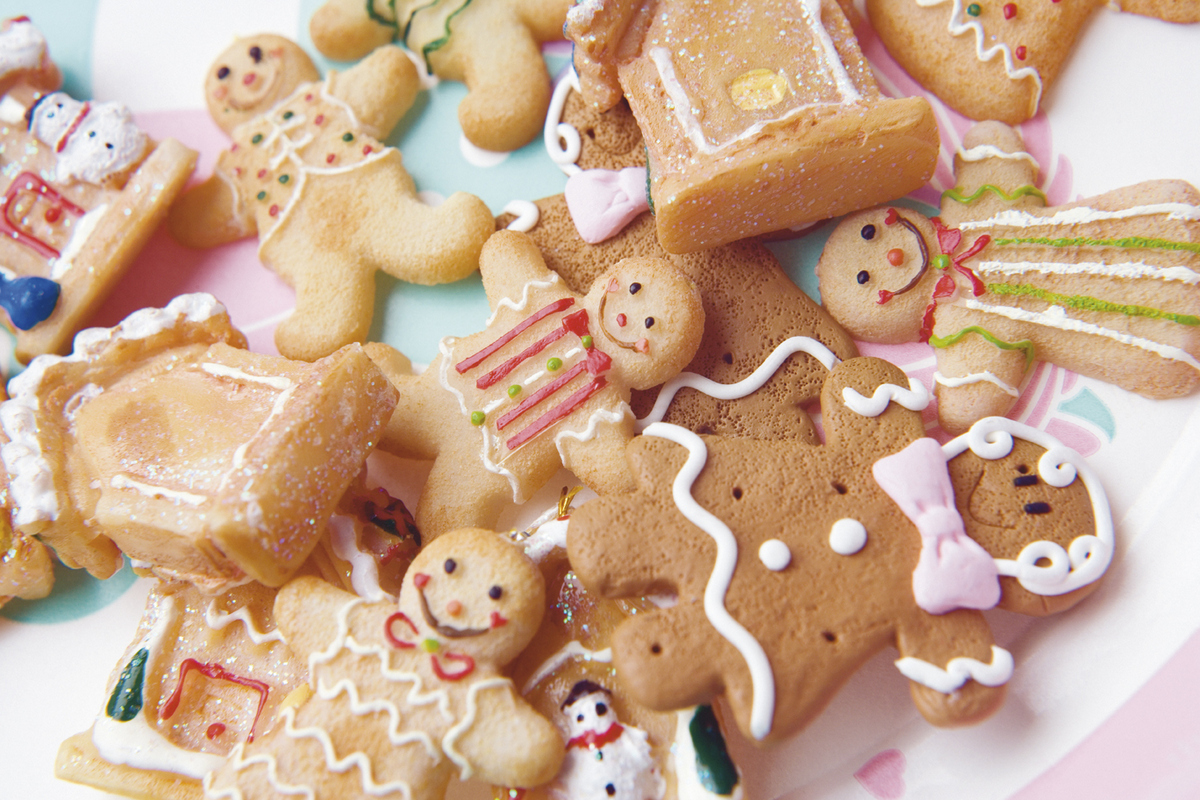 Paint and Decorate Your Gingerbread Man