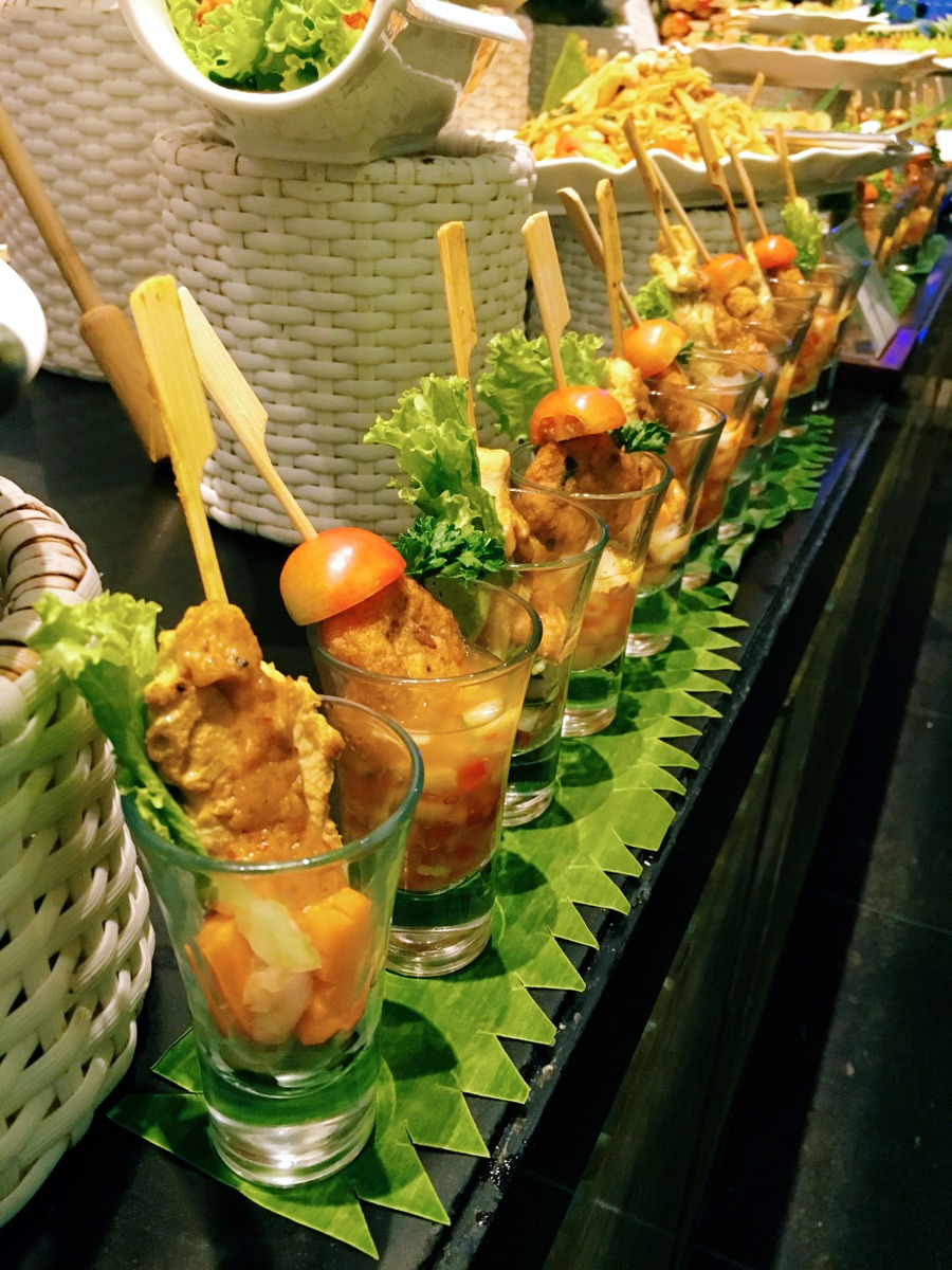 Satay Gai, chicken satay served with peanut sauce